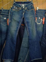 トゥルーレリジョン2009新作 TRUE RELIGION JOEY SUPER T STYLE:M24803NBT2 COLOR:83-MED SAVANNAH MADE IN USA 100%COTTON