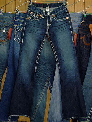 トゥルーレリジョン2009新作 TRUE RELIGION JOEY SUPER T STYLE:M24803NBT2 COLOR:B7-BLUE RIVER MADE IN USA 100%COTTON